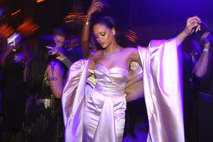 rihanna-diamond-ball-raises-three-million