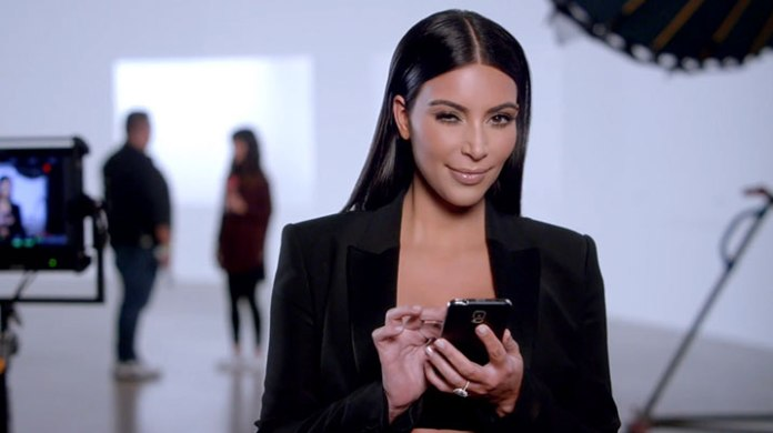 t-mobile-kim-kardashian-selfie